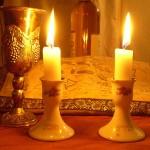 800px-Shabbat_Candles